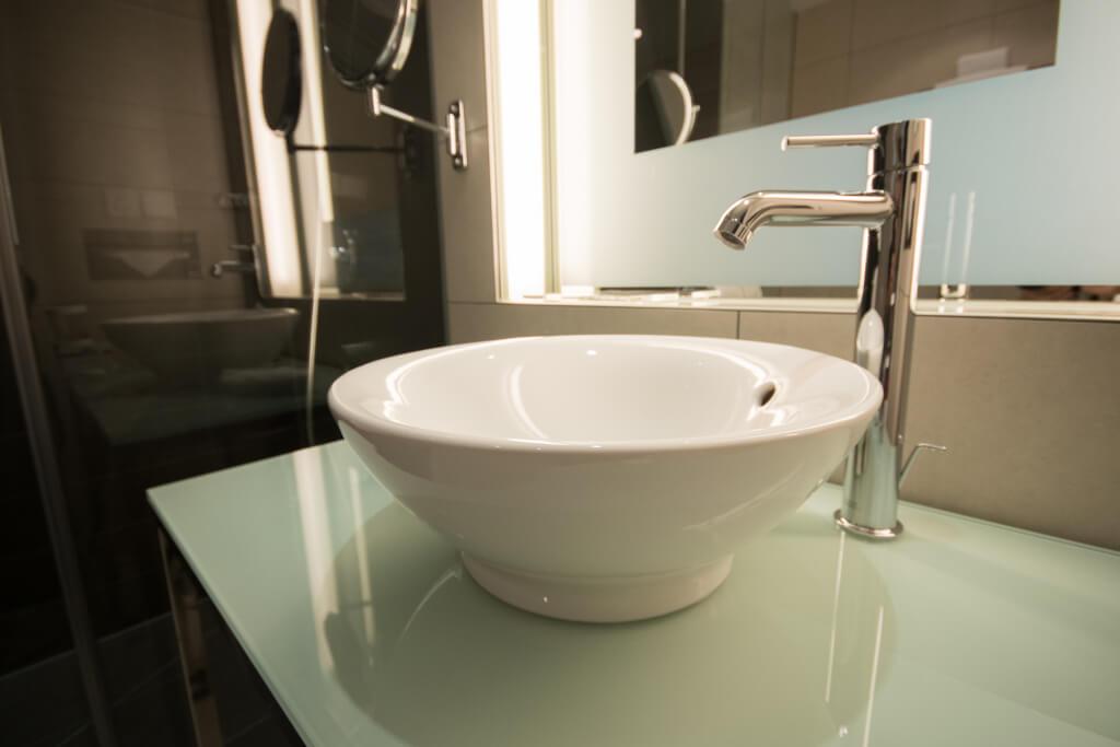 Bathroom showrooms store long island affordable home for Long island bathroom showrooms